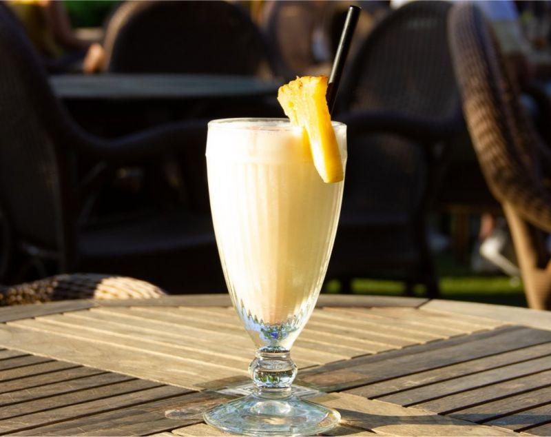 Cocktails sabrosos para contrastar el calor