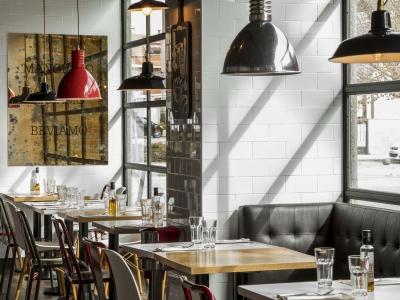 Ginos, Ginos Restaurante