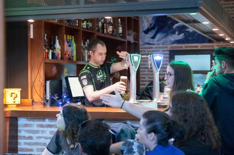 Foto 3 LevelUp Gaming Bar